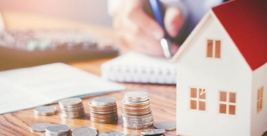 3Home-Values-Fell-Again-in-May