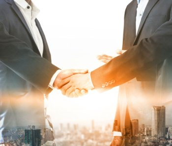 7Lone-Wolf-Forms-Partnership-with-Real-Estate-Webmasters