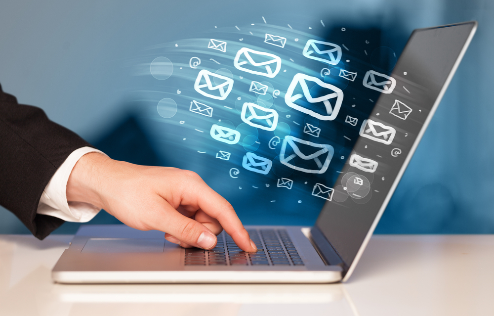 Concept-of-sending-e-mails-from-your-computer