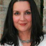 Leslie Stone freelance writer