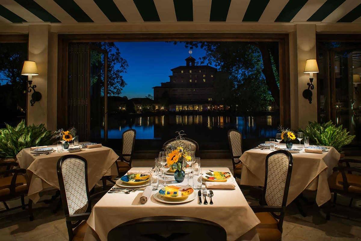 Del-Lago-Dining