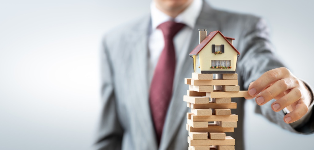 balanced real estate market